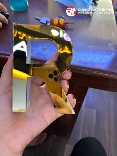 Chữ nổi inox vàng gương đẹp.