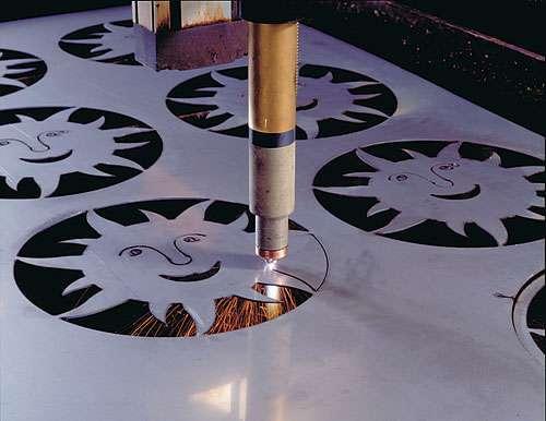 Cắt laser kim loại 1