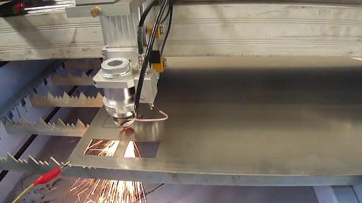 Vì Sao CNC Laser Lại Cắt Được Kim Loại?